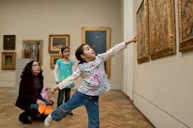 Copiii la muzeu 1 b